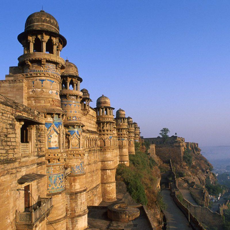 Beautiful-Castle-Hill-HD-Wallpapers