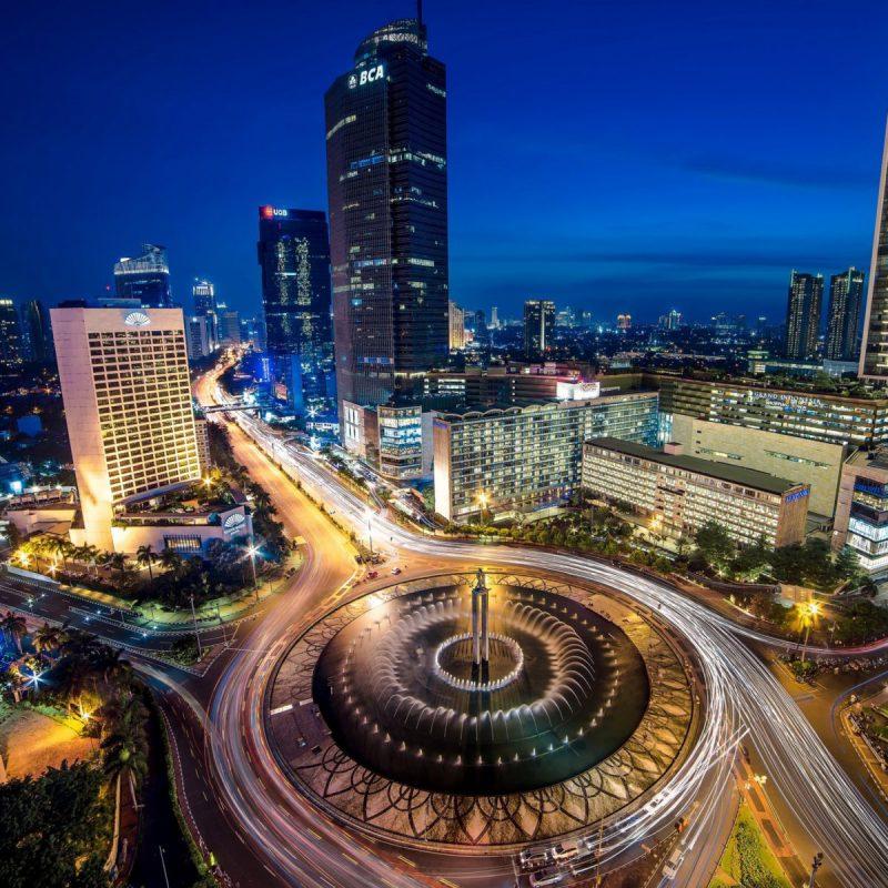 Bundaran-Hotel-Indonesia-near-Selamat-Datang-Monument-2048x2048