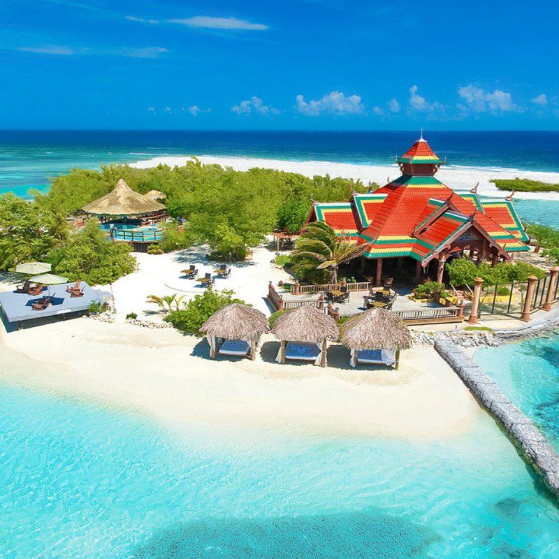 Sandals-Royal-Caribbean-island-slide-09-1600x1200